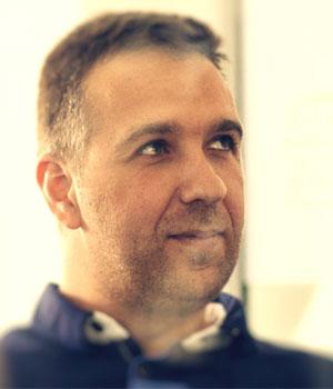 Aleksandar radi kao Customer Happiness Engineer u ManageWP